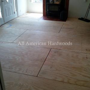 Install solid wood floor in Ocean Beach, San Diego. Fully Licensed Contractor SD