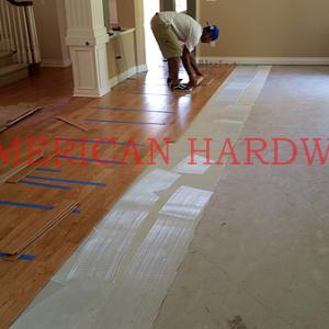 Glue down floor installation in Del Mar.Licensed flooring contractor in San Dieo