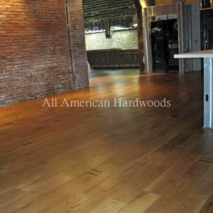 Restaurant wood floor refinishing. Restore wood floors in Restaurant San Diego